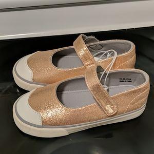 NWOT See Kai Run Emily Rose Gold shoes 11